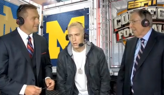 eminem weird football EMINEM Crazy Halftime Show Appearance