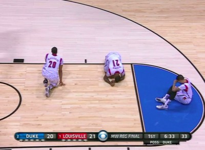 enhanced buzz 15280 1364767089 0 400x293 Louisville Player Sustains GRUESOME Injury! [GRAPHIC VIDEO]