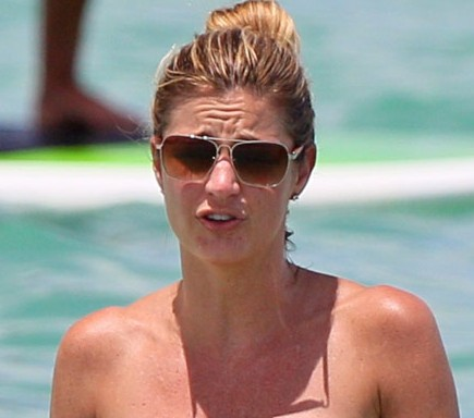 erin andrews bikini miami 2 e1408080214661 Erin Andrews Leaving ESPN Going To Fox Sports