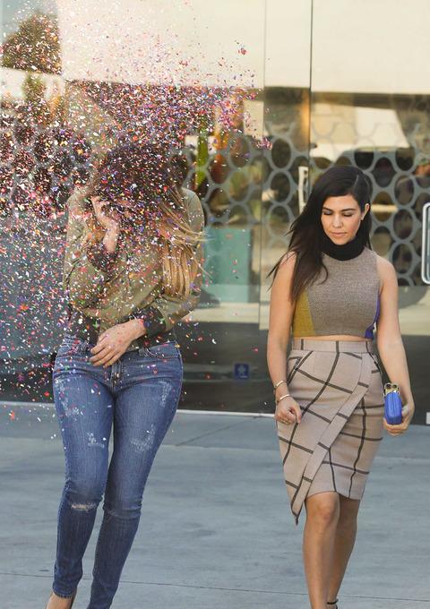 gallery_main-kardashian-glitter-bomb-01
