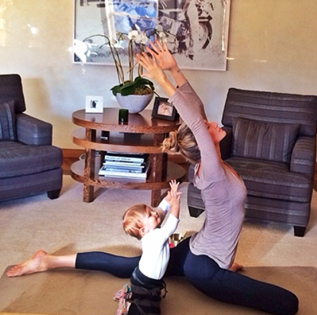 gisele practices yoga