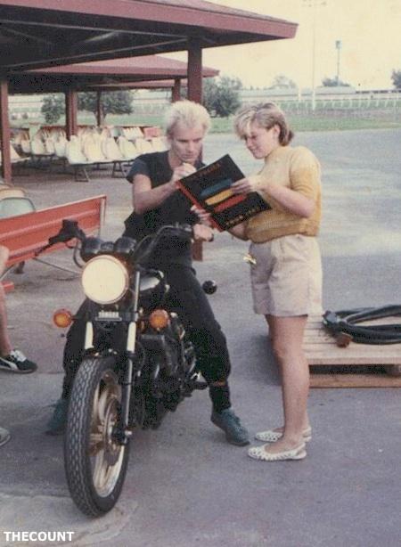 gwen-stefani-sting-backstage-autograph-childhood-vintage-photo-flashback