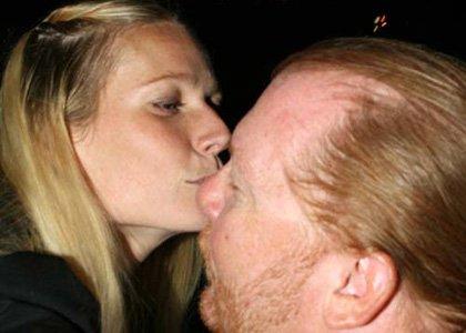 gwyneth-paltrow-pizza-kiss