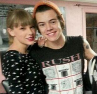 harry-styles-taylor-swift-la-tattoo-parlor-new-ink_310x300