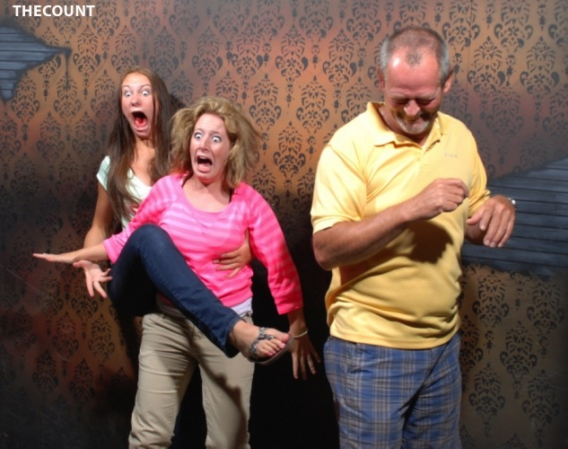 haunted house photos Hilarious Haunted House FREEZE FRAME!