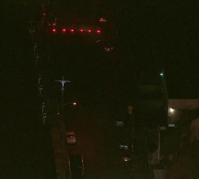 hollywood power outage  400x359 Tinsel Town Blackout: Hollywood Dark After Man Climbs Power Pole