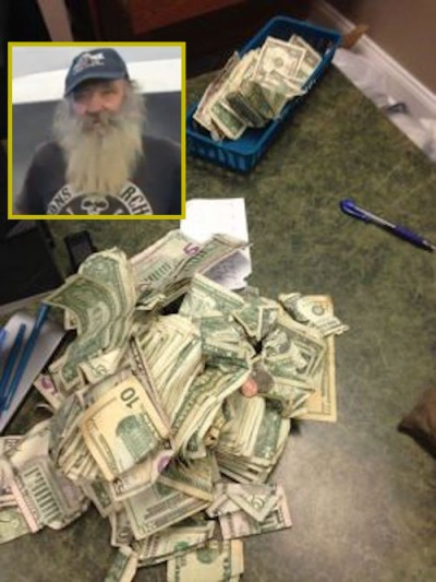 homeless man 800 dollars 400x533 COPS: Homeless Man Begging Had $800 CASH IN POCKET