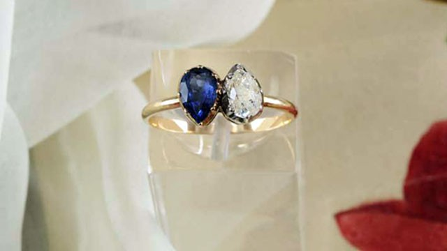 ht napoleon ring nt 130322 wg Napoleon Josephine Engagement Ring Sells 47 Times Asking Price