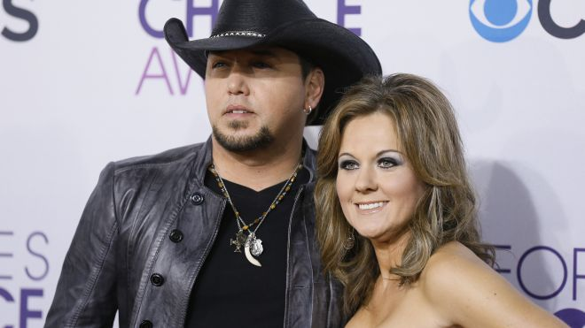 Jason Aldean files for divorce..