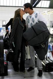 jennifer_love_hewitt_kiss_jamie_kennedy
