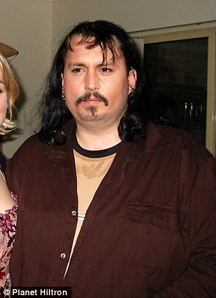 WOW! Johnny Depp Is Getting So FAT!