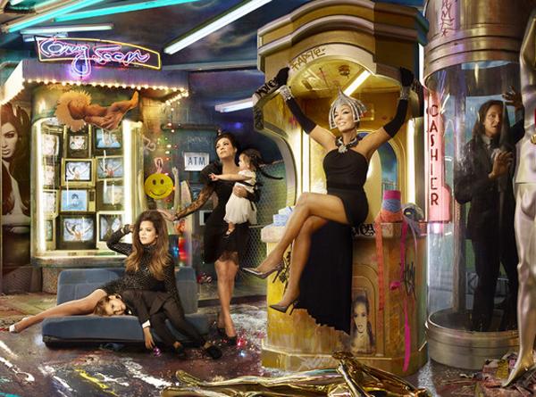 kardashian-christmas-card-2013-2