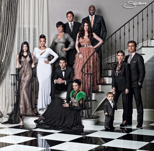 kardashian-family-christmas-card-2010-photo-1-500x488