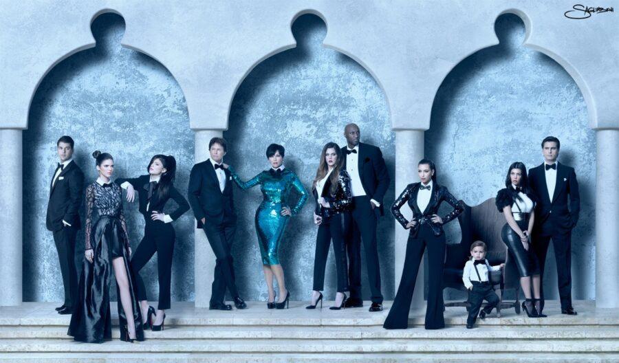 kardashian-family-christmas-card-kristmas-2011-nick-saglimbeni-3d-121811-11