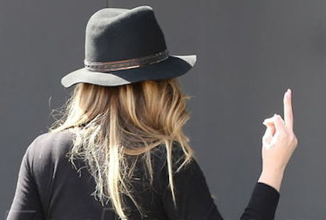 Khloe Kardashian flips off the cameras while filming reality show with Scott