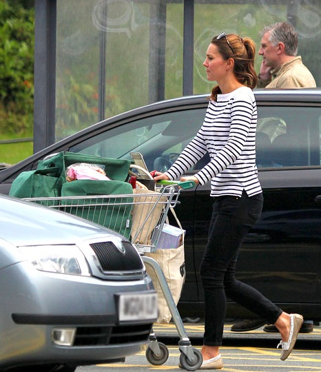 kate middleton after baby Kate Middleton ALREADY LOSES BABY WEIGHT!