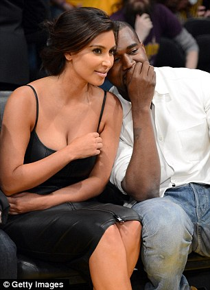 kim k wadrobe malfunction 5 Kim Kardashian Wardrobe Malfunction Lakers Nuggets 5 12 2012