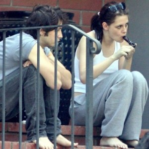Kristen Stewart Hits the Pipe