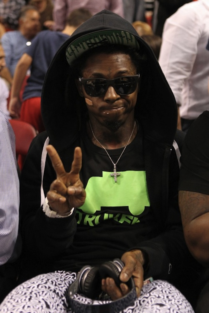 lil wayne ejected from lakers heat 500x7461 Lil Wayne All Access Pass To Life Revoked