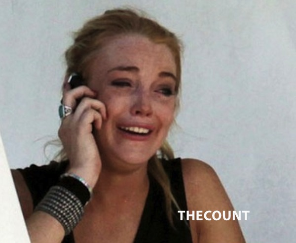 lindsay ali lohan crying in st barths1 LINDSAY LOHAN INTERVENTION