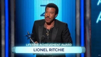lionel-richie bet misspelled