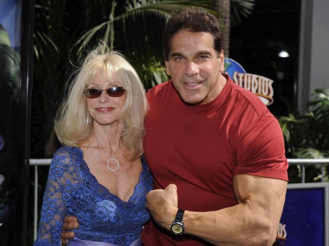 Lou Ferrigno Hulk Carla Ferrigno Cosby 3