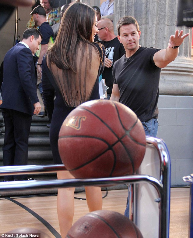 mark wahlberg mila kunis  Mila Kunis Spotted With Mark Wahlberg And Guess What?