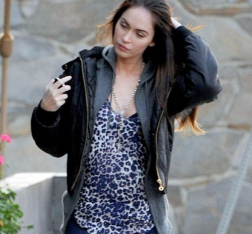 meganfoxpreggers 500x464 Is Megan Fox Pregnant?