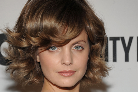 Mena Suvari's New Hairstyle
