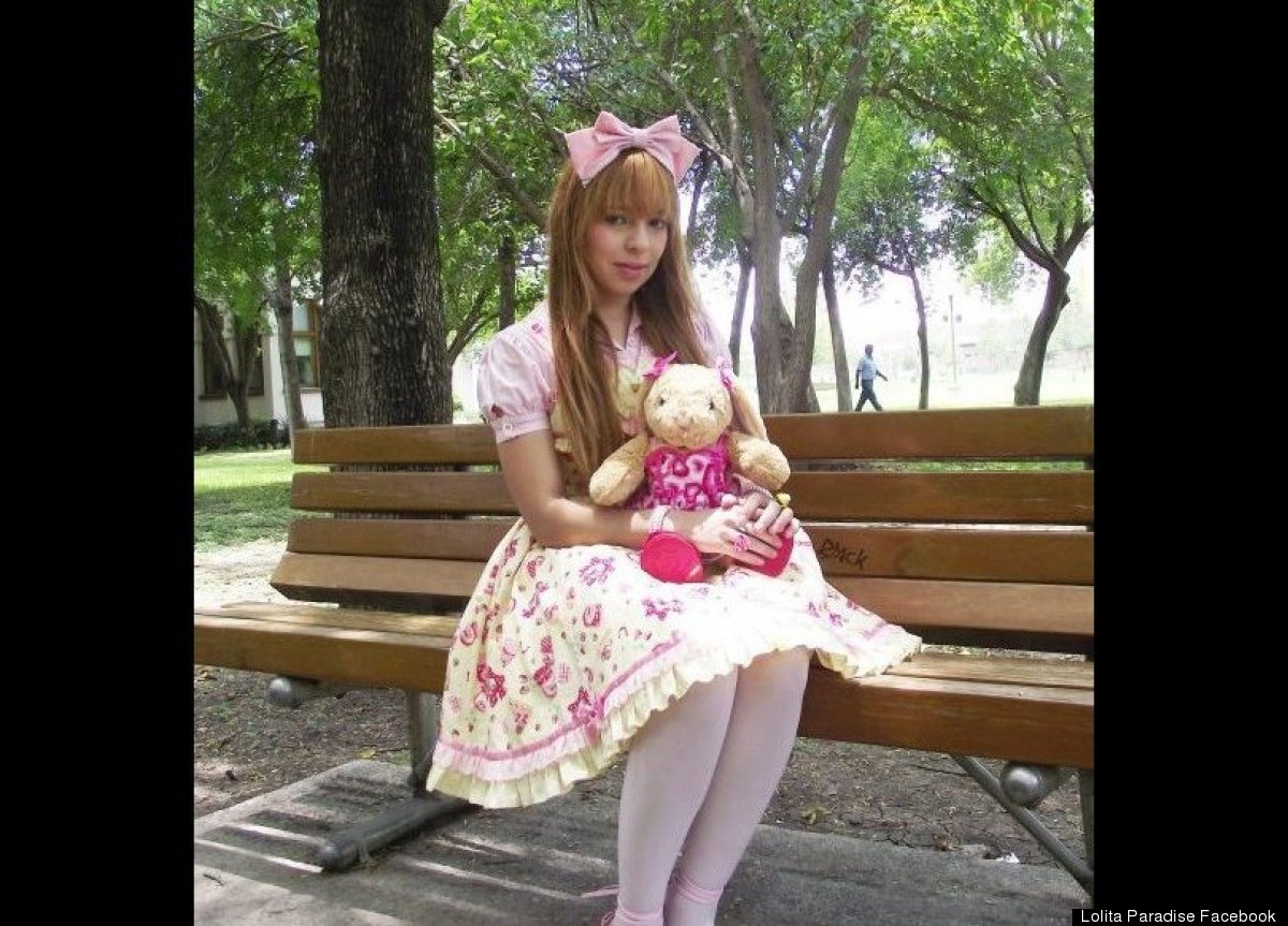 mexican girls dress up like dolls Latin Girls Adopting Human Barbie Doll Lolita Look