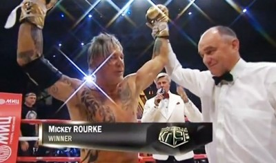 mickey-rourke-boxing