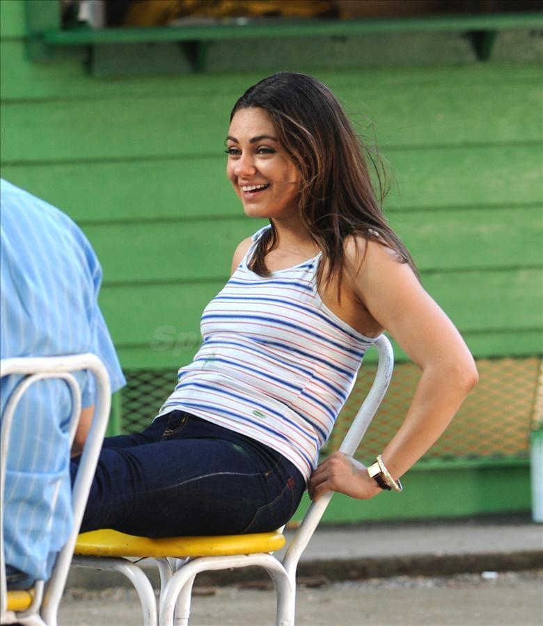 new milla kunis pregnant Admit It Mila Kunis! Youre Totally Pregnant!
