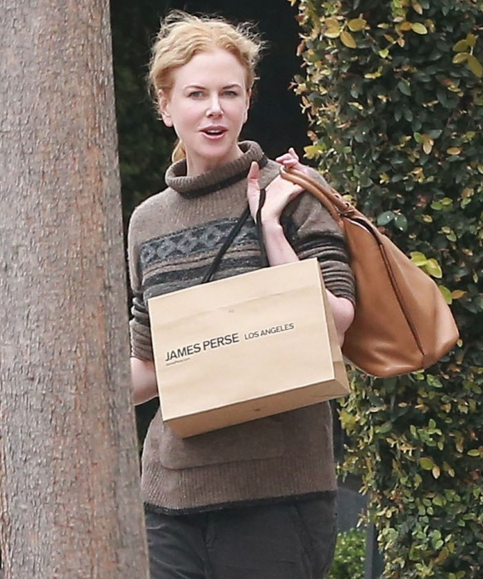 Exclusive... Nicole Kidman Out Shopping At James Perse