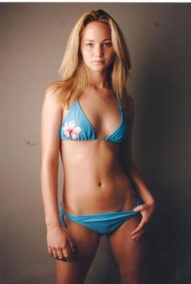normal_Jenniferlawrence-posing-sexy-bikini_99