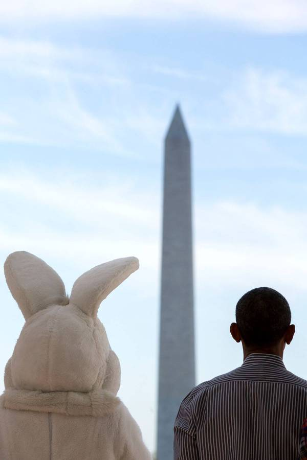 obama easter photo 2015 a b1 Obamas Release A Pair Of Easter Photos