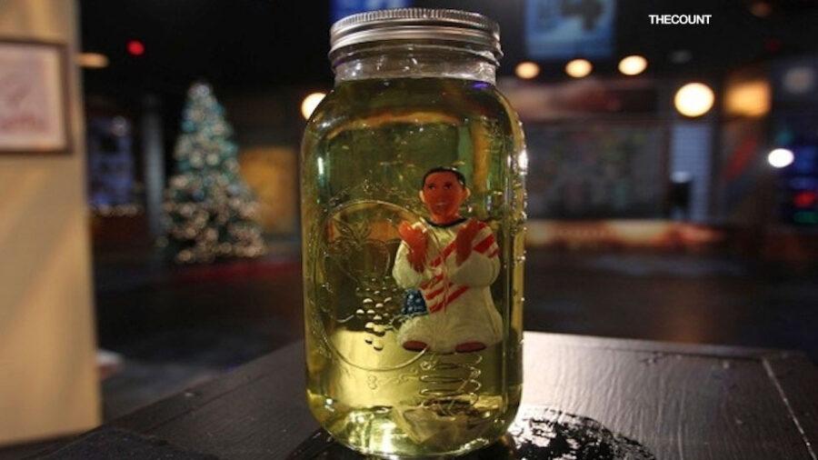 obama pee pee Glenn Beck Losing It? Puts Obama Doll In Mason Jar Of Urine