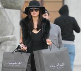 paris hilton in fur Shameful: Paris Hilton Parades In Yucky Fur