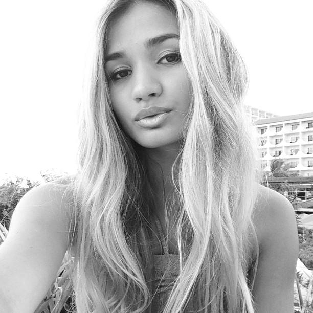 pia_mia_perez_pia_mia_instagram_aN0Wllyy.sized_