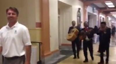 principal-john-becchio-mariachi-band