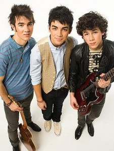 promo 226x300 Get the Jonas Brothers in Your Bedroom!