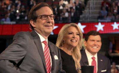 Fox News Channel debate moderators (L-R), Chris Wallace, Megyn Kelly and Brett Baier, start the first official Republican presidential candidates debate of the 2016 U.S. presidential campaign in Cleveland, Ohio, August 6, 2015. REUTERS/Aaron Josefczyk