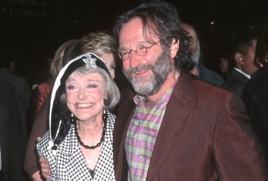 robin williams mother