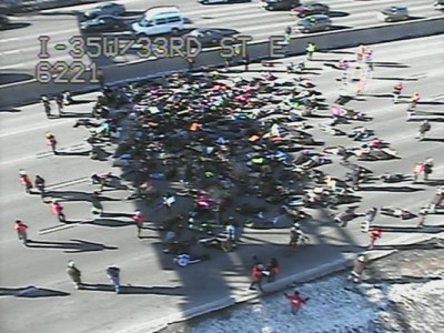 rotesters shut down interstate I-35