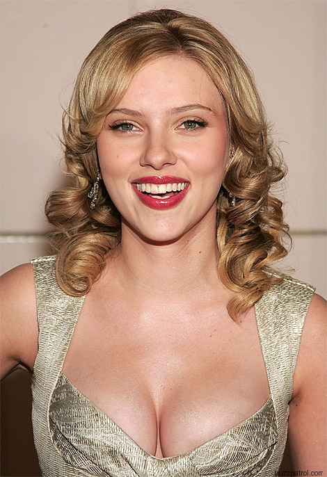 scarlett johansson cleavage 132x200 Scarlett Johansson DROPPED By OXFAM Over SodaStream Role