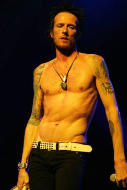 scott weiland1 Scott Weiland You Dont Call, You Dont Write