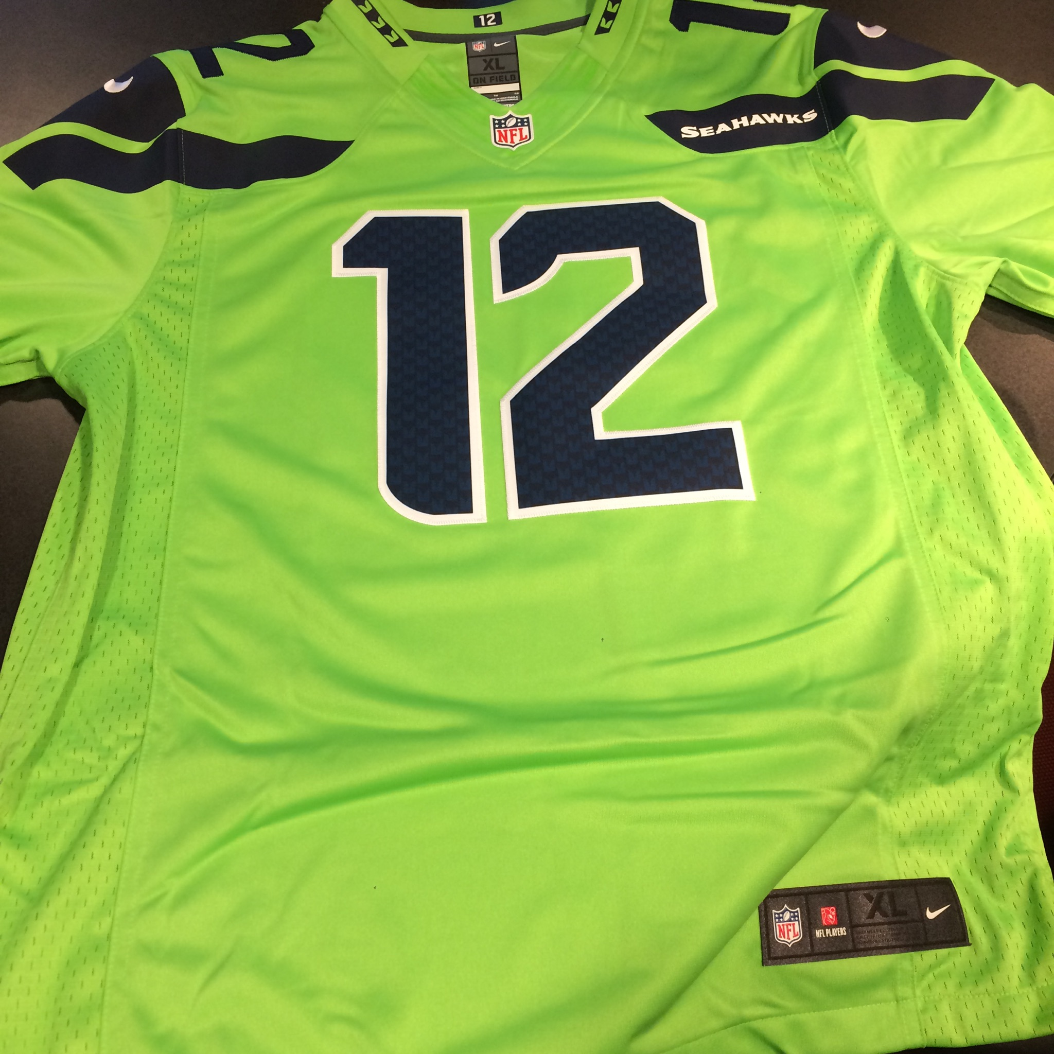 premium selection 34db7 654a6 SNAP POLL: So What Do You Think Of Seattle Seahawks New Neon ...