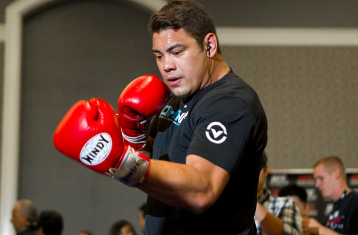 shane del rosario UFC Fighter On LIFE SUPPORT After DOUBLE HEART ATTACK