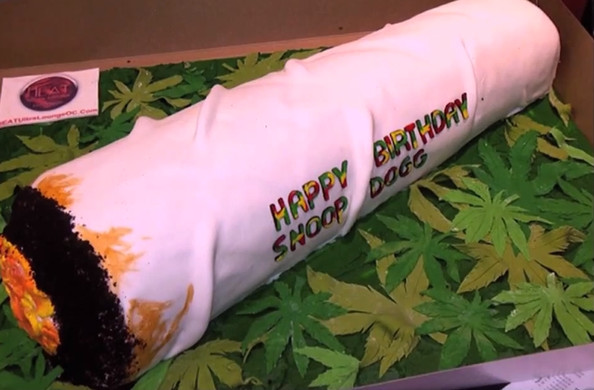 snoop dogg birthday cake