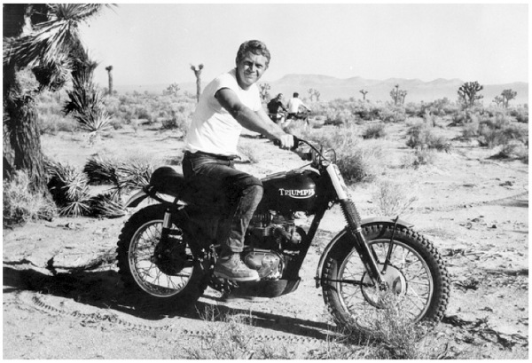 steve-mcqueen-bud-ekins-triumph-desert-motorcycle-racing
