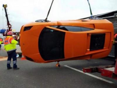 super car crash paris truck 3